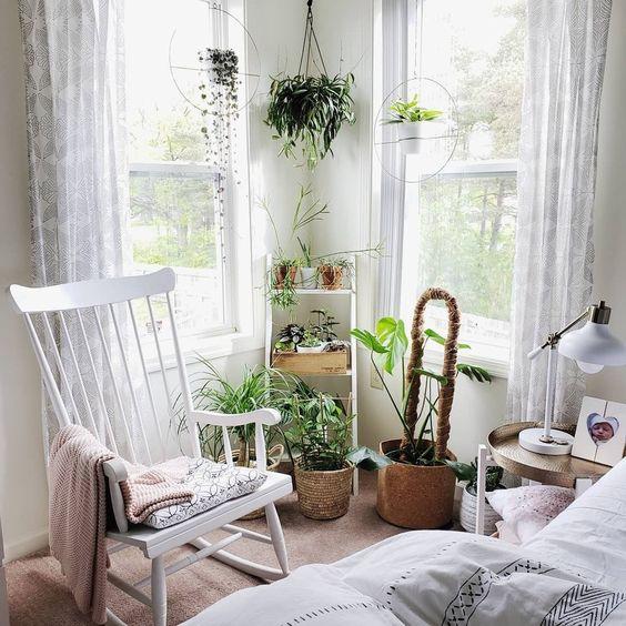 Trồng thêm cây xanh trong nhà